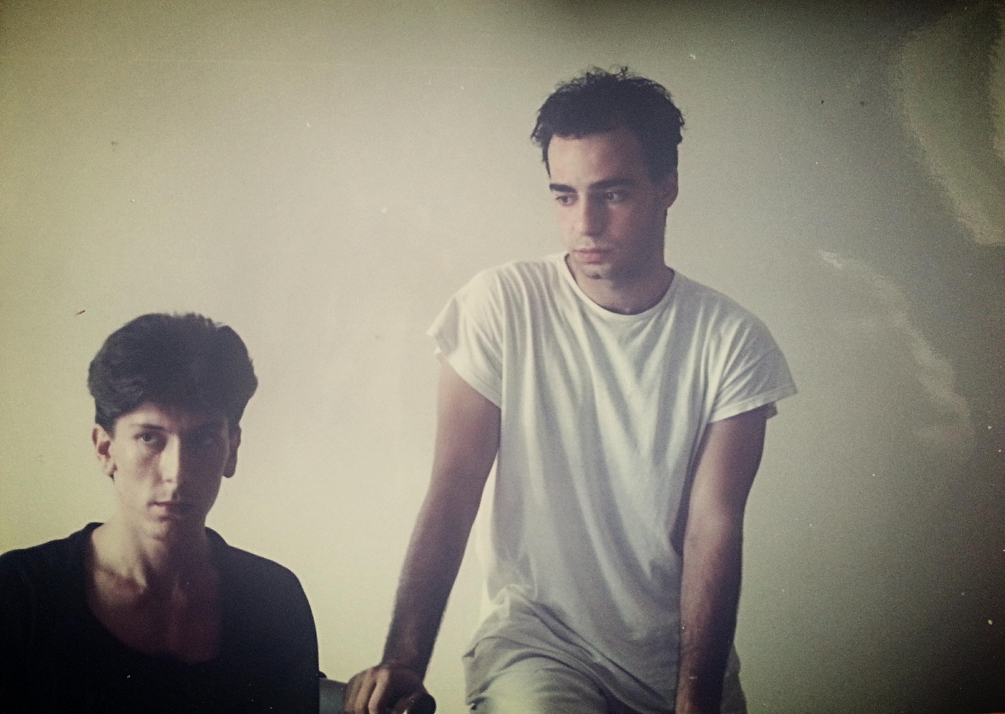 1986 ο Φοίβος και εγώ σε φωτογράφηση που έκανε φίλος.