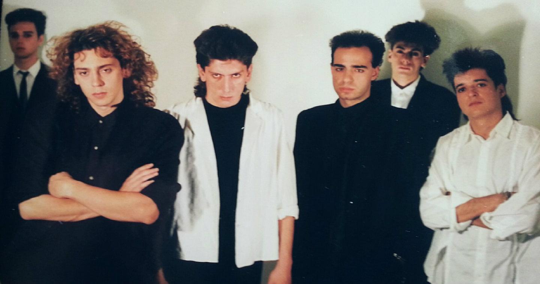 Οι South Of No North από φωτογράφησή τους το 1987.