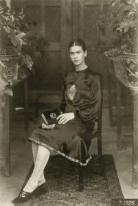 frida-khalo-18-anos-1926